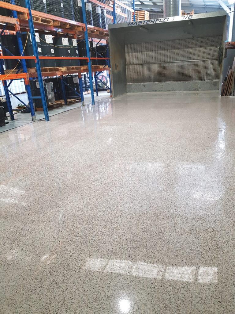 Opalon Flake Flooring Polyaspartic from LiquiMix