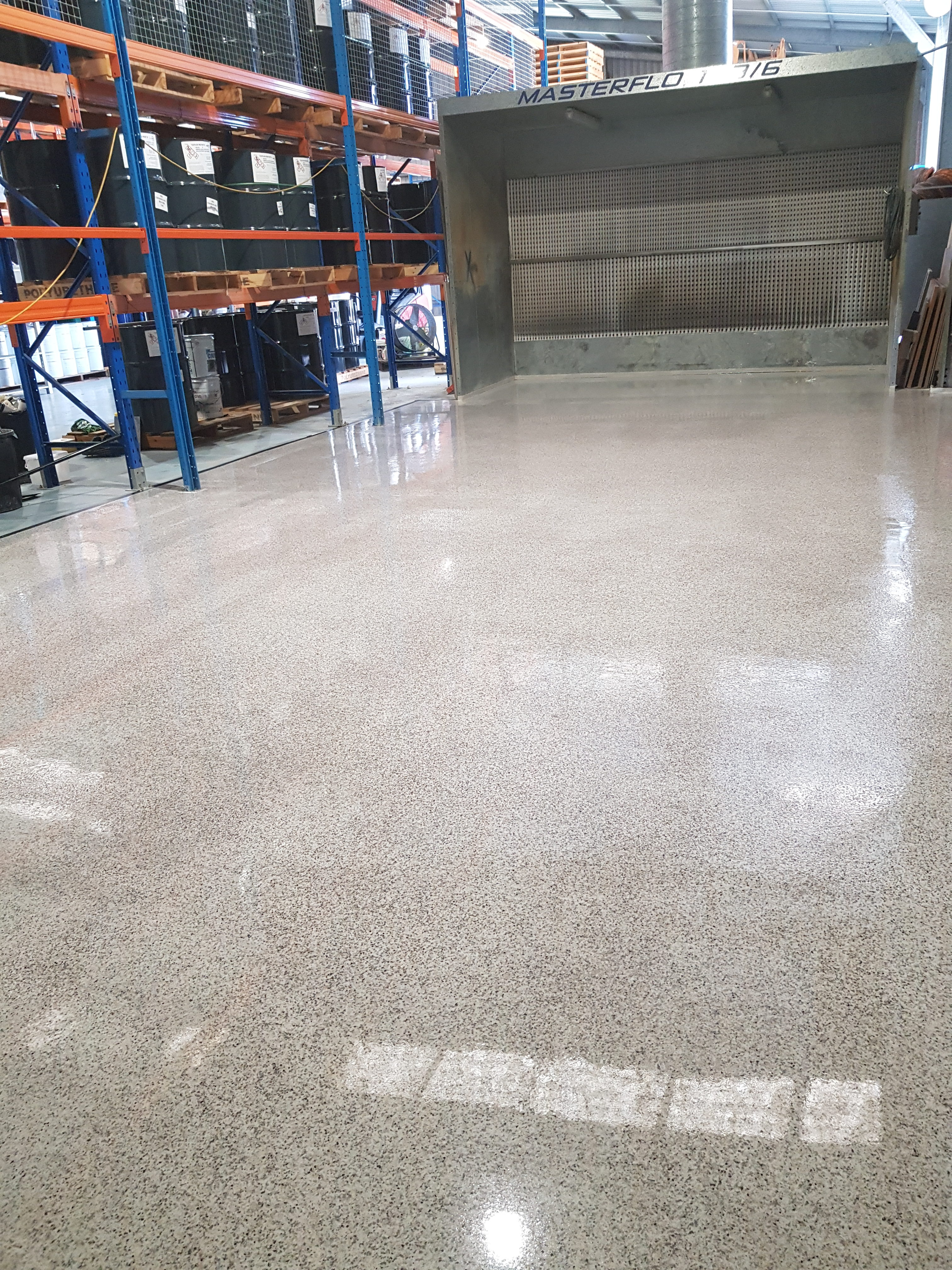 Opalon Flake Flooring Polyaspartic from LiquiMix