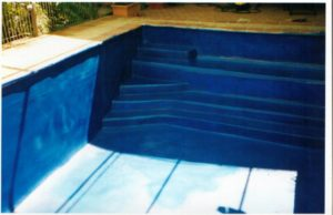 Swimming pool sprayed in waterproofing membrane Elaston-W80 Polyurea